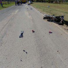 Choque de motos: murió una mujer y sus dos hijas sufrieron heridas