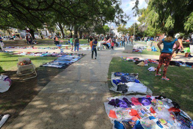 En Paraná hay una plaza en donde se trabaja con libertad