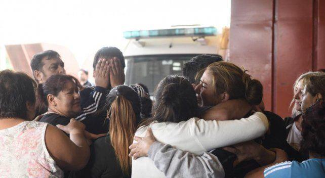 Murió Emanuel Balbo, el joven al que tiraron de la tribuna
