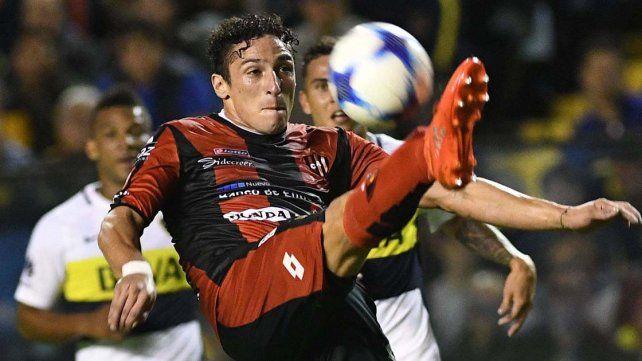 Damián Lemos jugó un correcto encuentro.