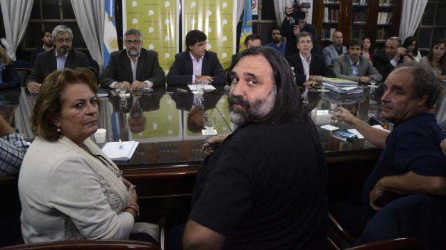 Vidal ofreció a los docentes bonaerenses un acuerdo por tres años