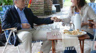 Mauricio Macri le tocó el timbre a Cielo en su casa de Colonia Avellaneda