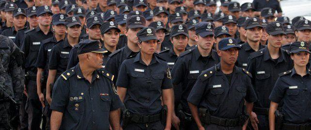 Harán exámenes toxicológicos a policías para detectar el consumo de alcohol y drogas ilegales