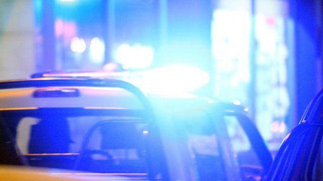 Un ladrón baleó al dueño de un comercio luego de robarle