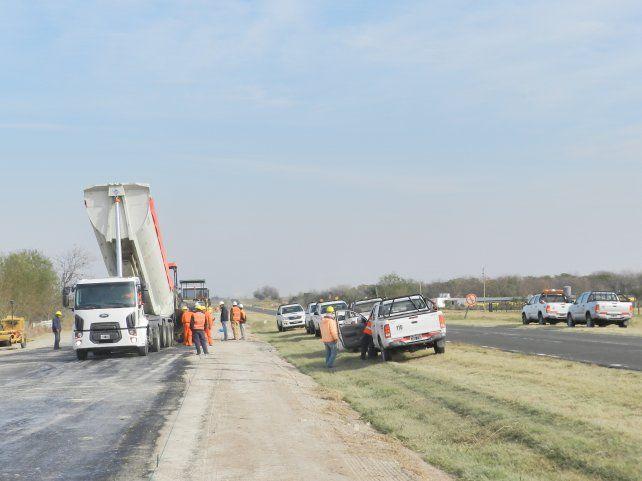 Cesantearon obreros que trabajaban en la obra de la ruta 18