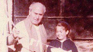 Arquímedes con Adriana en la casa de San Isidro durante las primeras reformas