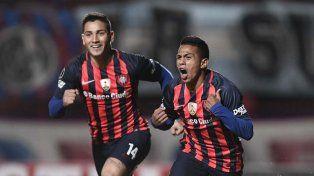 San Lorenzo ganó y mantiene su esperanza