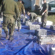 Incautaron más de 1.036 ladrillos de marihuana