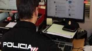 Detienen a expolicía entrerriano por distribuir pornografía infantil en Internet
