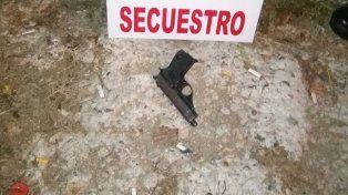Cuatro detenidos por llevar un arma