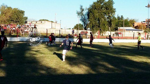 La pelota comenzó a rodar en la Liga Paranaense de Fútbol