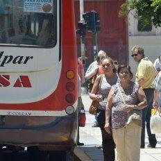En el Día del Trabajador no circulan los colectivos por Paraná