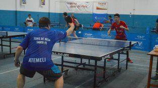 La competencia contó con un buen marco de jugadores de la región.