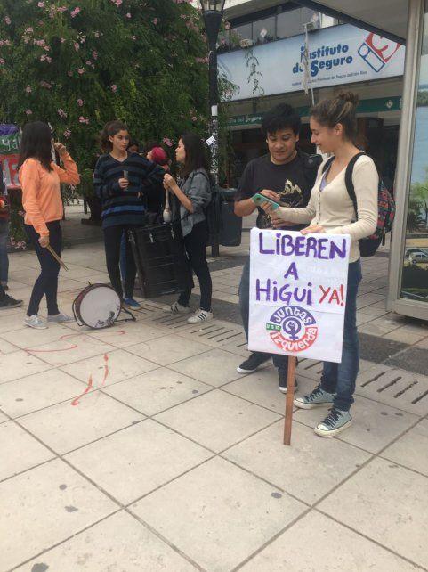 Paraná reclamó por la libertad de Higui