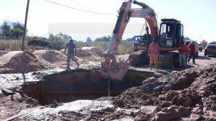 Caño en reparación: algunos barrios de Paraná sin agua