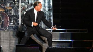 Un Luis Miguel con problemas dio su show en GEBA