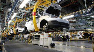 En julio el PBI acusó la peor caída en siete años