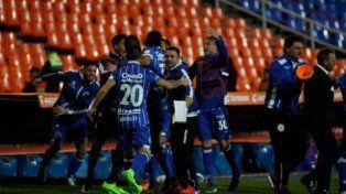 Godoy Cruz empató y se metió en octavos de finales