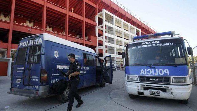 Un equipo de Primera División entrenará con custodia policial