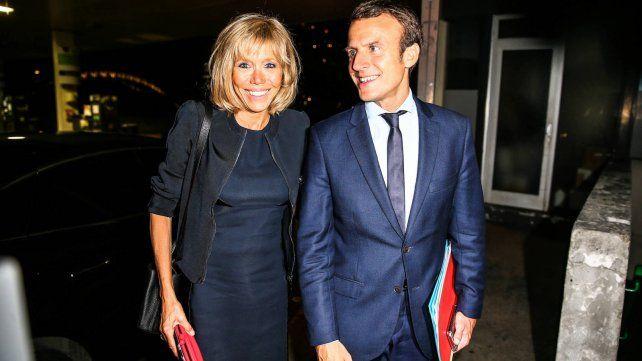 La impresionante historia de amor del nuevo presidente de Francia