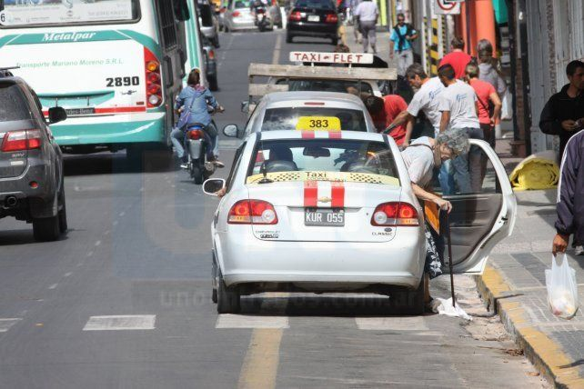 Proponen importantes medidas de control para más seguridad en los taxis