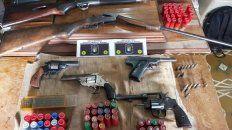 peritan varias armas y municiones secuestradas en un domicilio de viale