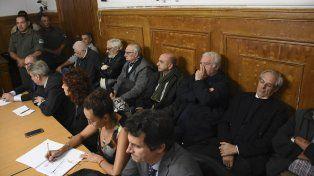 Perpetua para los 10 represores imputados en la causa Guerrieri III