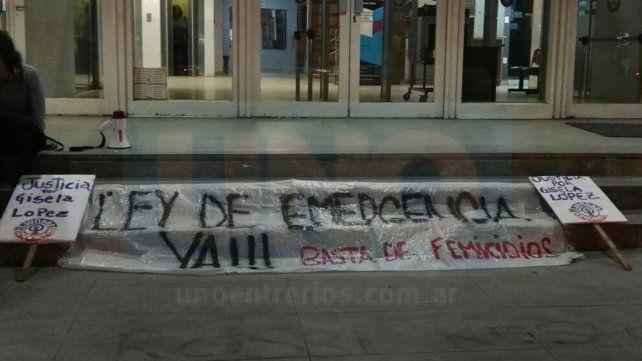 Hacen una vigilia para pedir la condena de los acusados por el femicidio de Gisela López