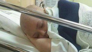 Tratamiento. Pasó 10 meses con quimioterapia, en el Garrahan.