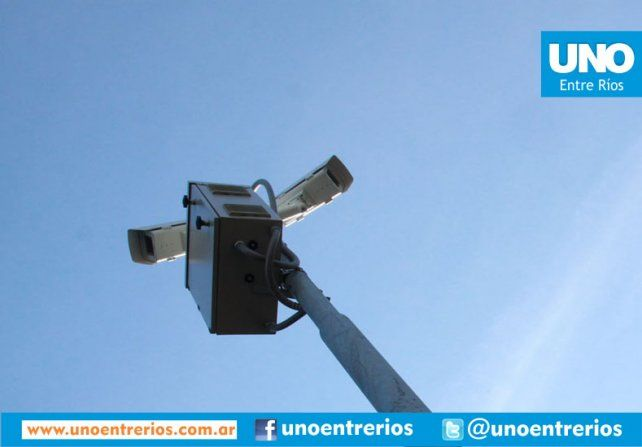 Siempre hay una cámara registrando todo: esta vez el robo a una adolescentes