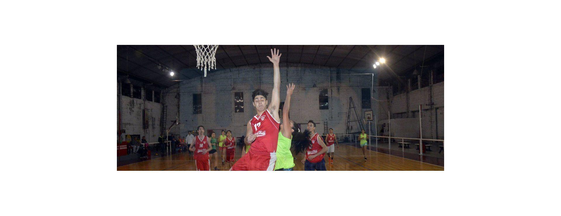Las chicas del U17 de Paraná hacen su debut en el entrerriano de básquet este sábado ante Gualeguaychú
