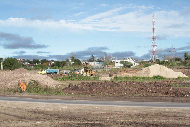 La zona está en obra y todo se vuelve mucho más peligroso. Foto UNO Juan Ignacio Pereira.