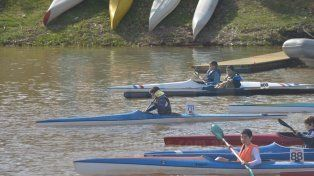 La competencia se desarrolla de gran manera y con buen marco en aguas del río Paraná.