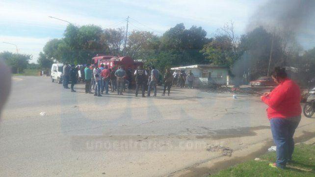 Vecinos cortaron calle Larramendi en reclamo de obras para el barrio Humito