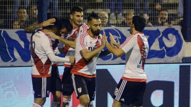El Millonario ganó y quedó como único escolta de Boca
