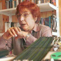 Silvia Pérez Simondini, directora del Museo del Ovni de Victoria.