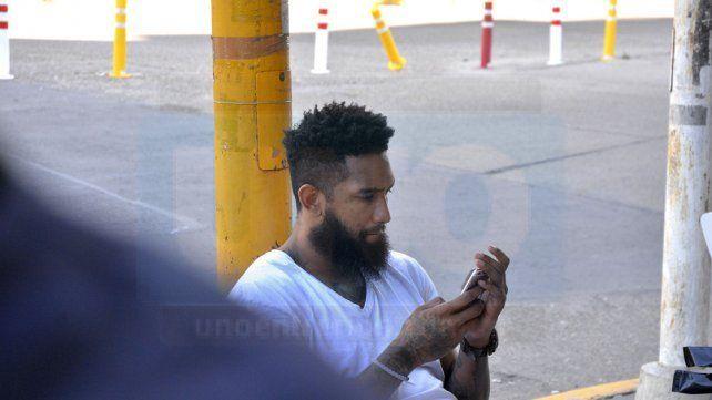 Echagüe viajó en un colectivo interurbano para enfrentar a Boca