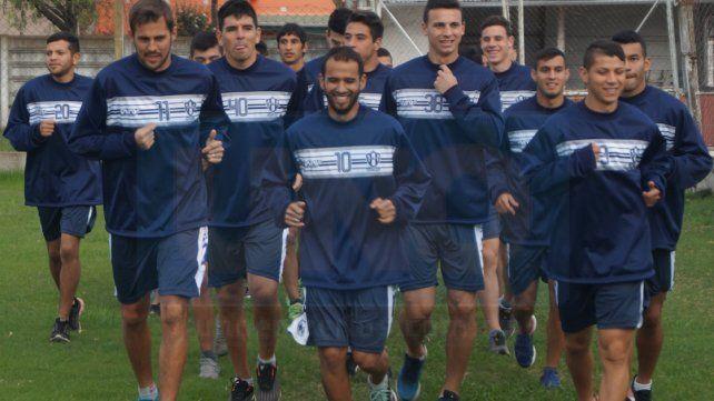 Atlético Uruguay comenzó con la pretemporada pensando en el Federal B