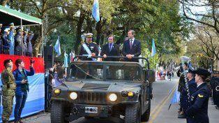 Por cuestiones climáticas, se suspendió el desfile del 25 de Mayo en Paraná