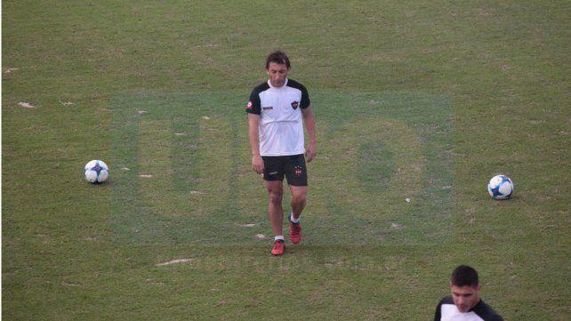 Gabriel Vargas anotó un solo gol con la camiseta del Rojinegro. Su rendimiento fue de mayor a menor en Paraná.