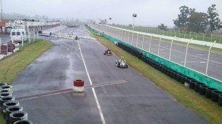 Con piso mojado. En el trazado del Club de Volantes Entrerrianos hubo ayer una fecha por el Karting Río Paraná.