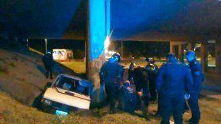 Un hombre fue hospitalizado tras chocar con su auto cerca del Túnel Subfluvial