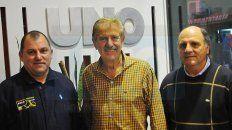 El presidente de la entidad, Oscar Barbieri, junto a los dirigentes Fabián Medina y Héctor García.