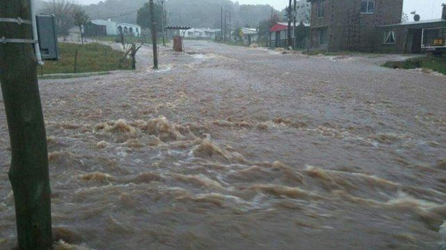 Charrúas. Ciudades uruguayas también reciben el impacto del río.