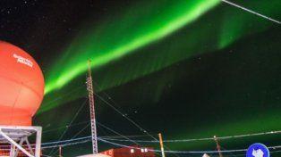 Espectaculares auroras australes se vieron en la Base Belgrano II, de la Antártida