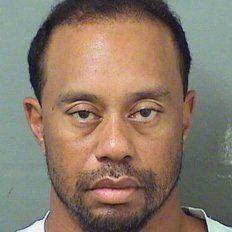 Tiger Woods, detenido por conducir ebrio