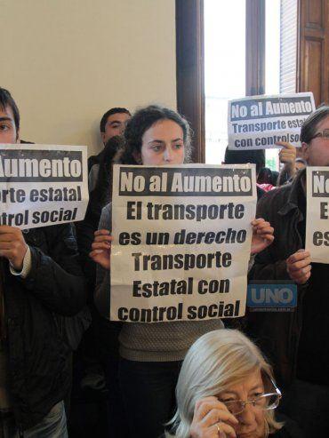 La Asamblea siguió la sesión en el HCD. Foto UNO Juan Ignacio Pereira.