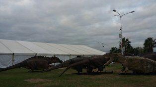 Los dinosaurios de Tecnópolis llegaron al Puerto Nuevo de Paraná