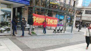 Cucaier y Payamédicos realizaron una actividad en la plaza 1° de Mayo para conmemorar el día
