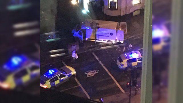 Tres ataques en Londres desatan el terror: hay al menos un muerto